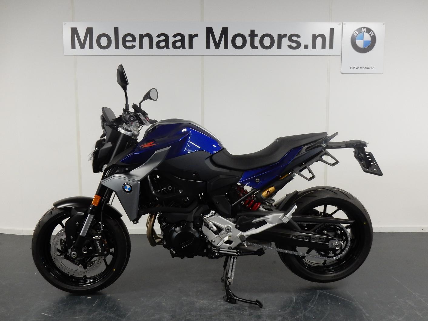 BMW - F900 R