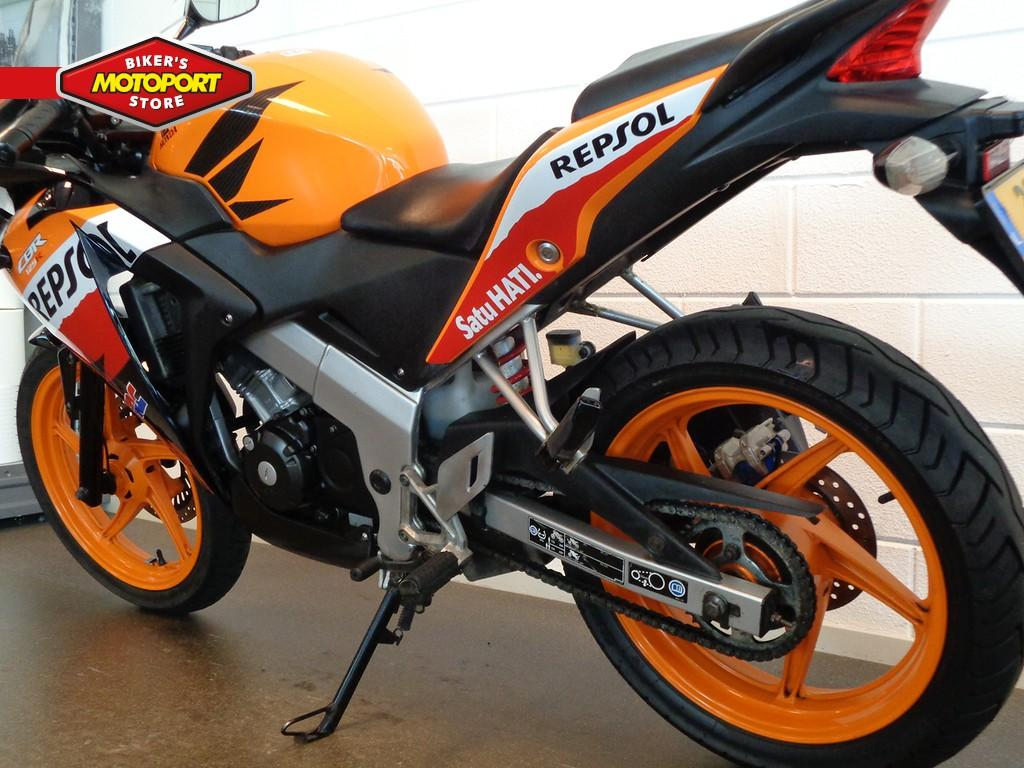 HONDA - CBR 125 R