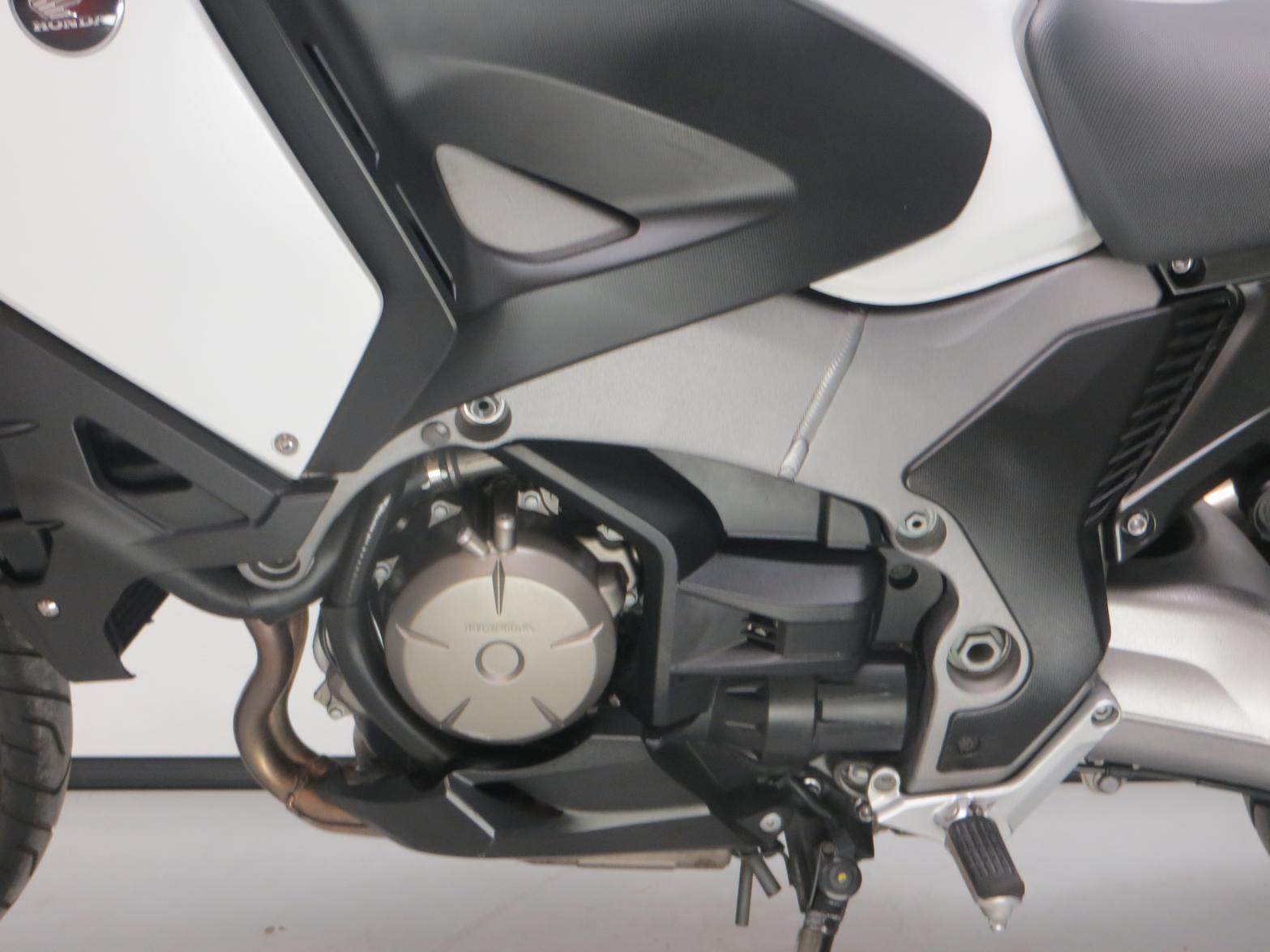 HONDA - VFR 1200 XDE