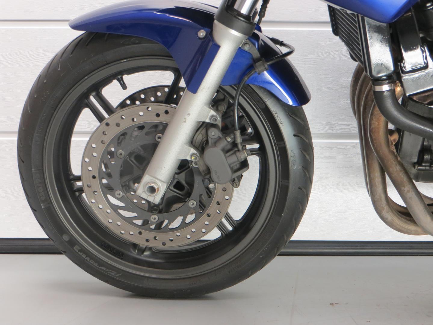 HONDA - CBF 600 S