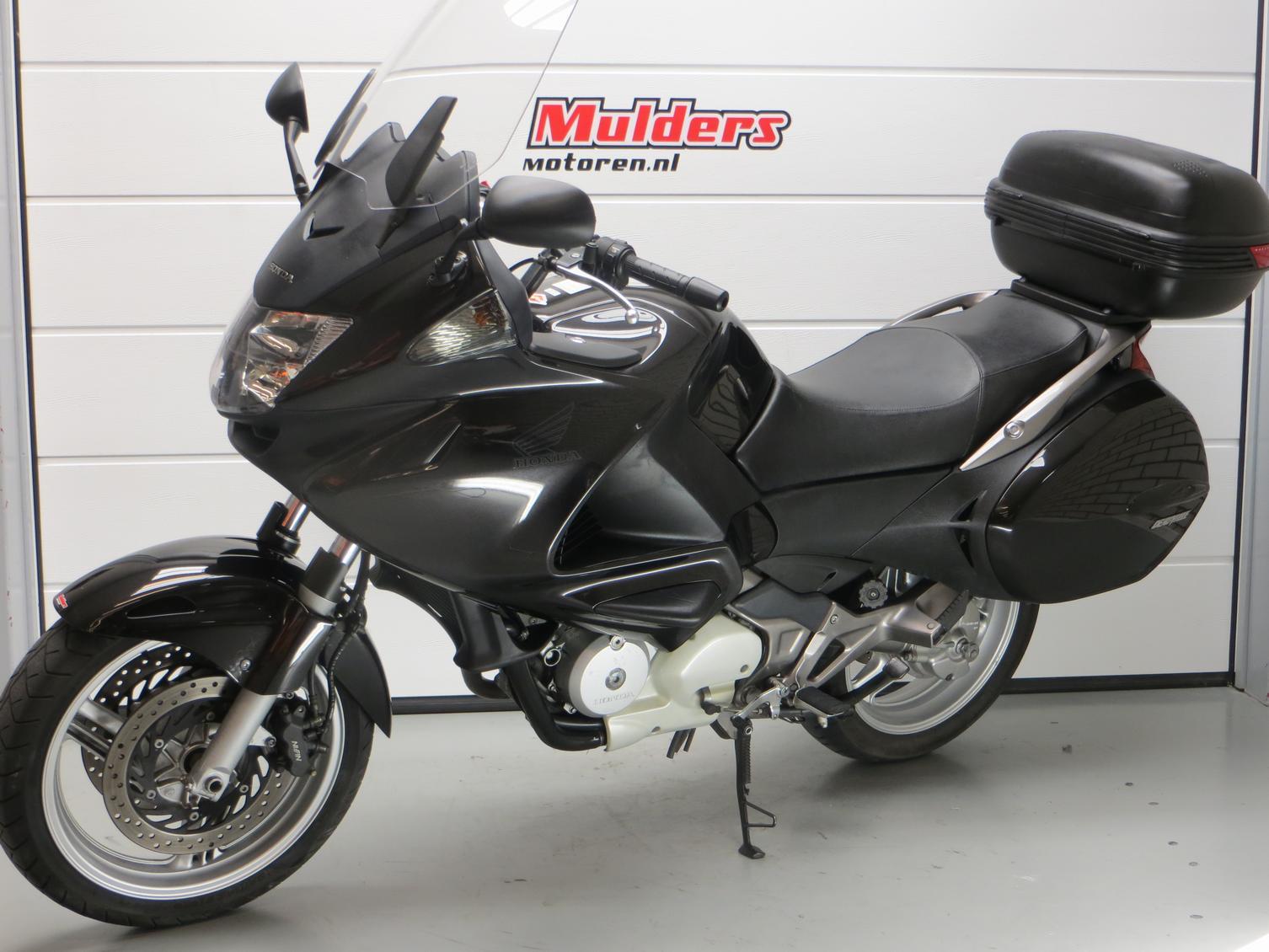 HONDA - NT 700 VA