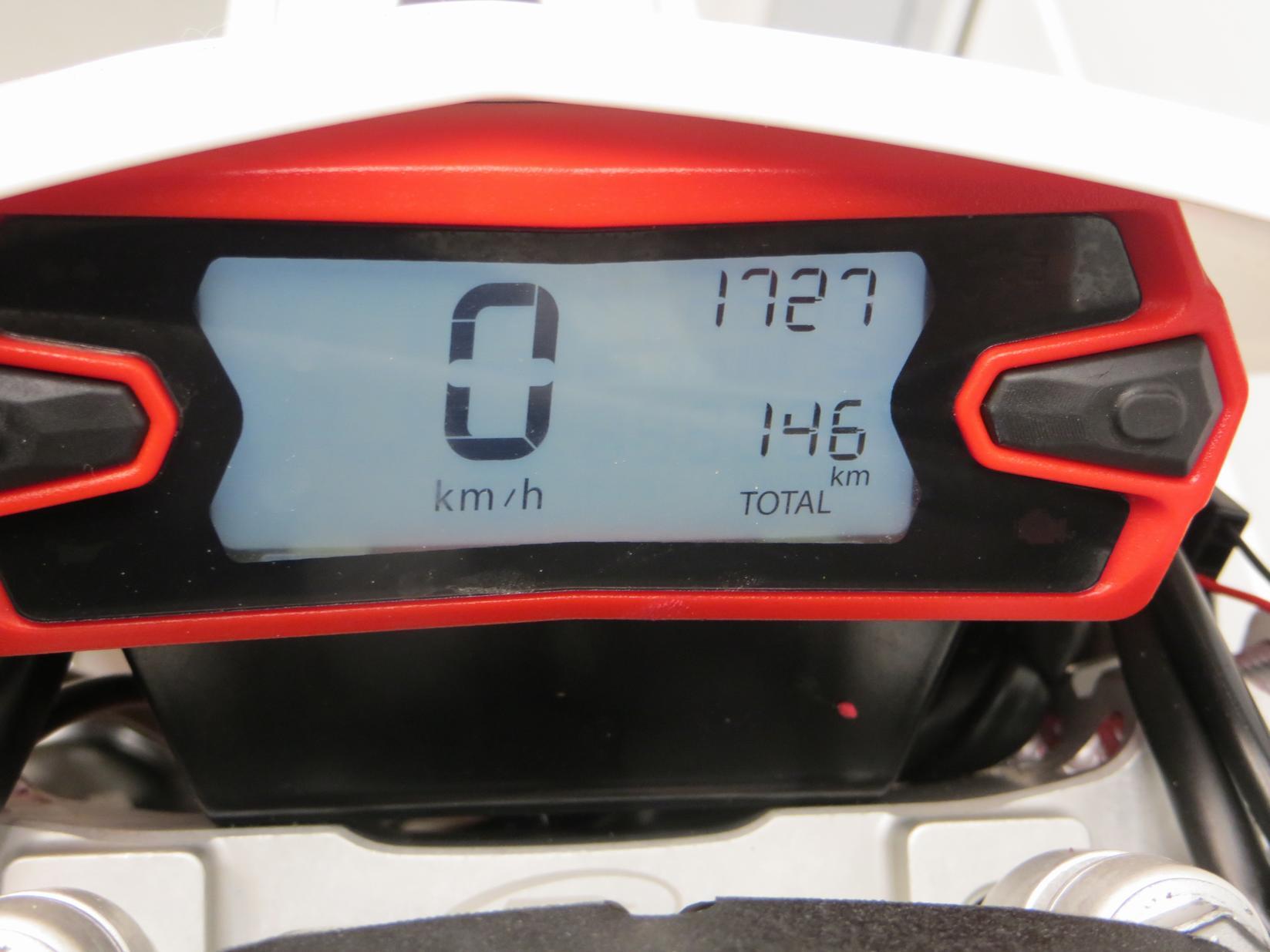 BETA - 300 RR