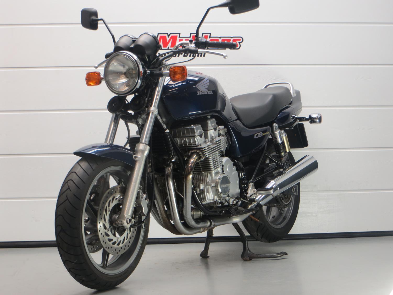 HONDA - CB 750