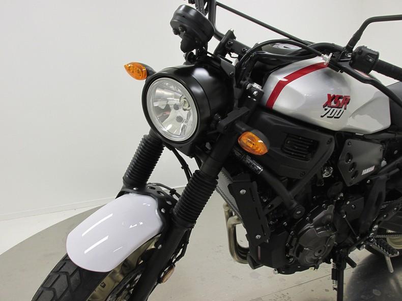 YAMAHA - XSR700 XTRIBUTE