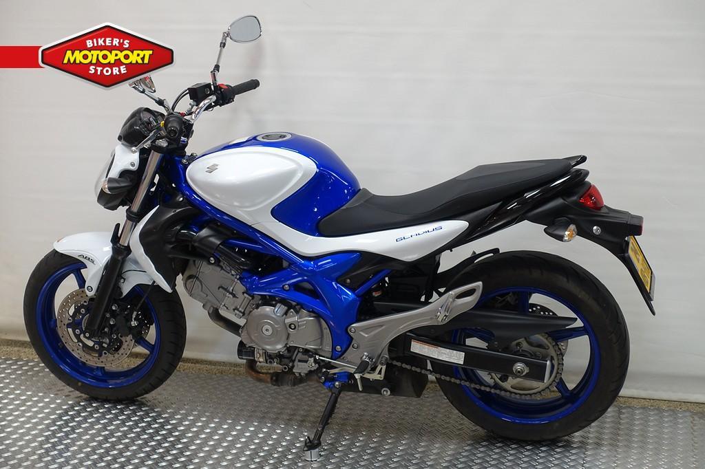 SUZUKI - SFV 650