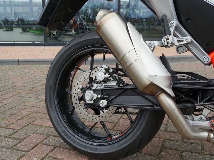 KTM - 690 DUKE (50 KW)