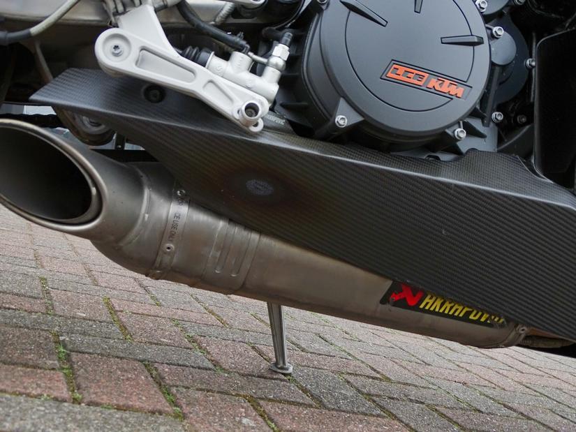 KTM - 1190 RC8