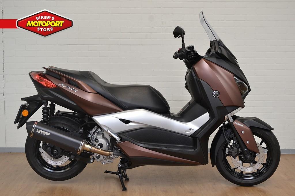 YAMAHA - X-Max 300