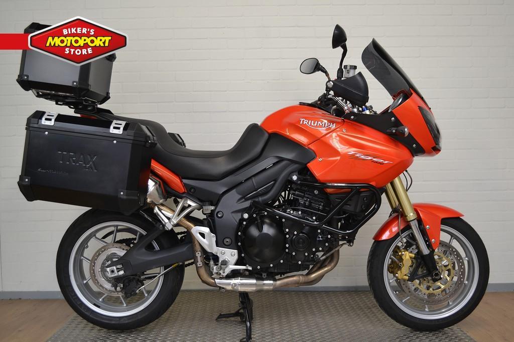 TRIUMPH - Tiger 1050