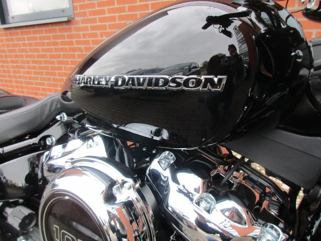 HARLEY-DAVIDSON - FXBRS 114'' BREAKOUT SPECIAL