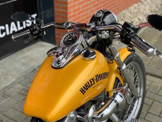 HARLEY-DAVIDSON - XL883 SPORTSTER SPECIAL XL