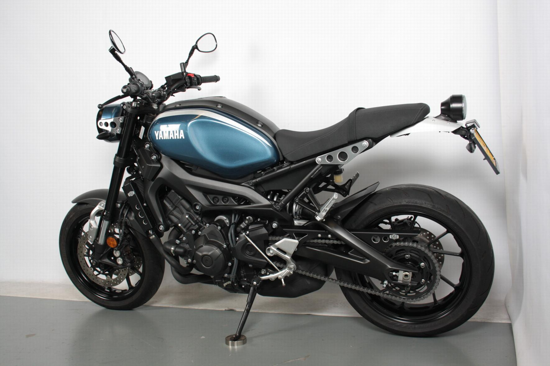 YAMAHA - XSR900 ABS