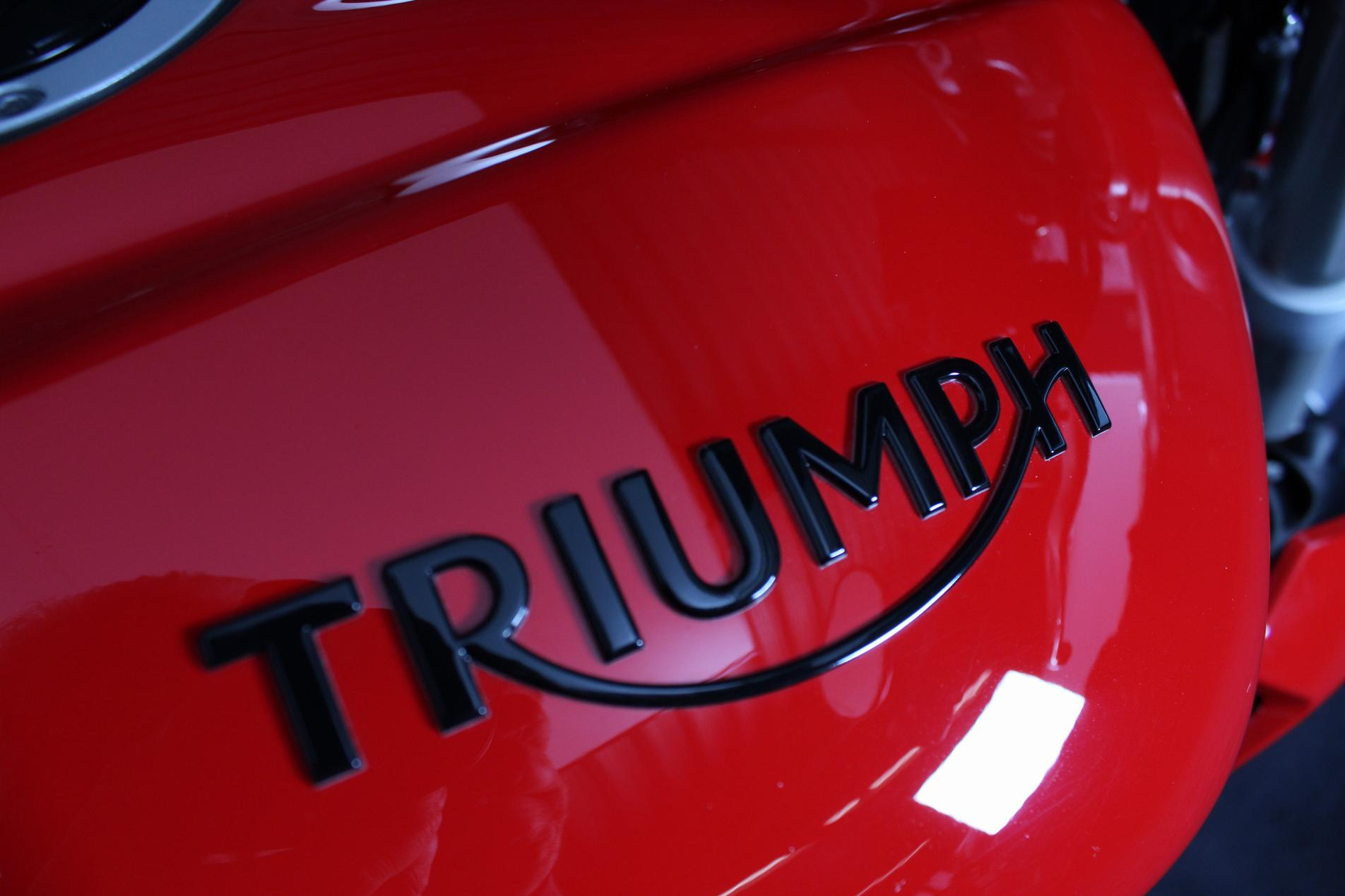 TRIUMPH - Street Triple S