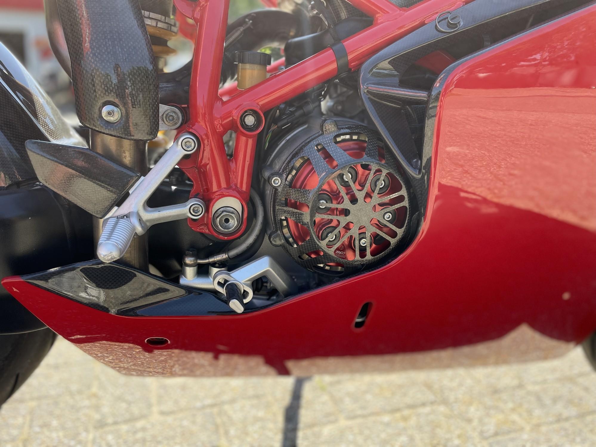 DUCATI - 749R