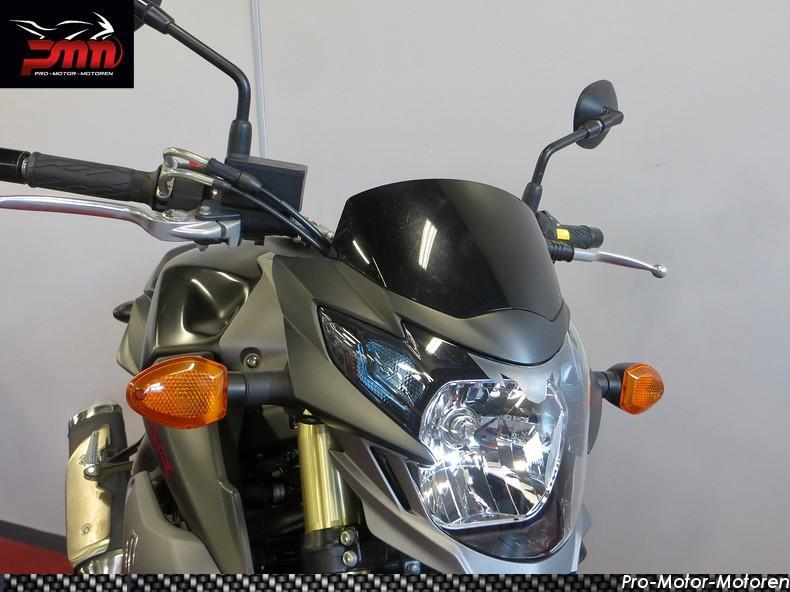SUZUKI - GSR 750 A