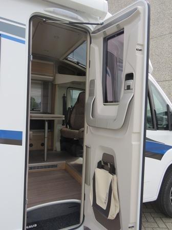 KNAUS Sky TI 650 MEG Mobiledrome