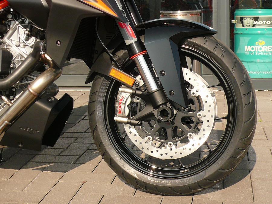 KTM - 1290 SUPERDUKE GT ABS