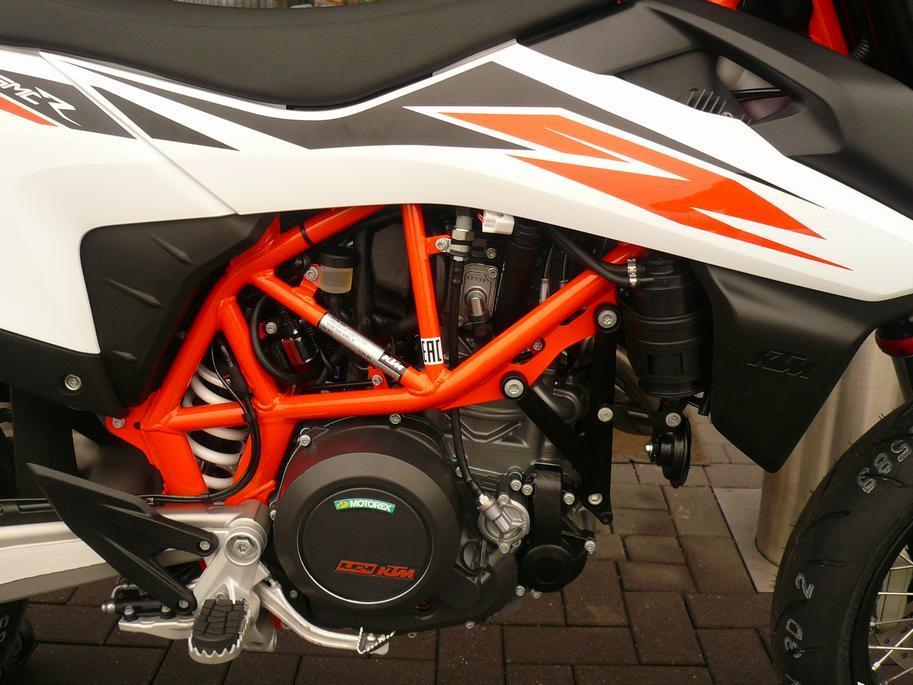 KTM - 690 SMC R ABS