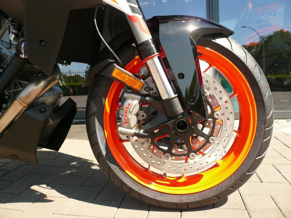 KTM 1290 SUPERDUKE GT ABS