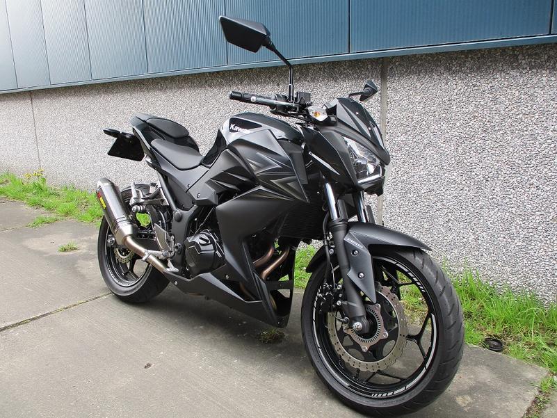 KAWASAKI - Z 300 abs