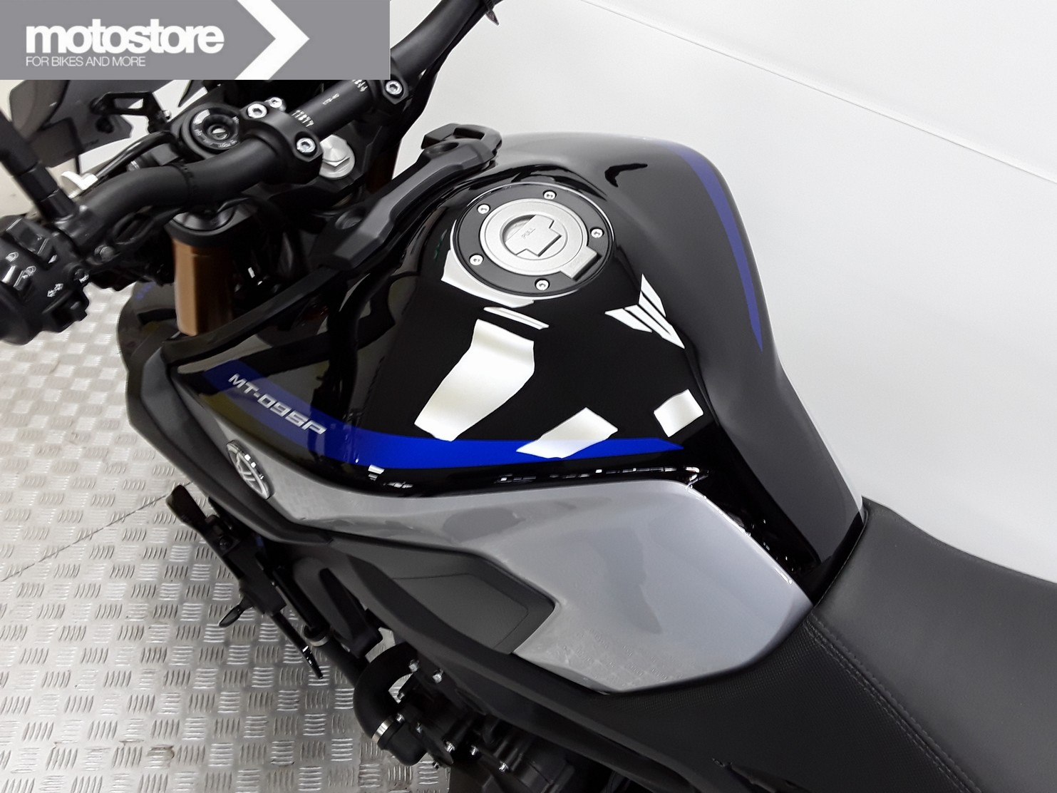 YAMAHA - MT-09 SP ABS
