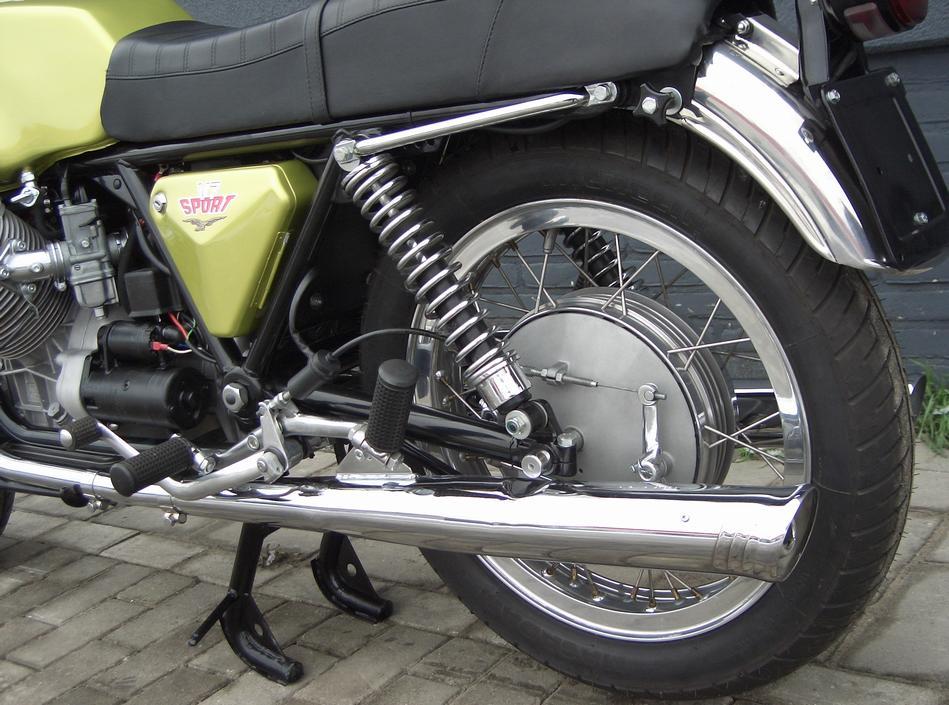 MOTO GUZZI - V7 Sport