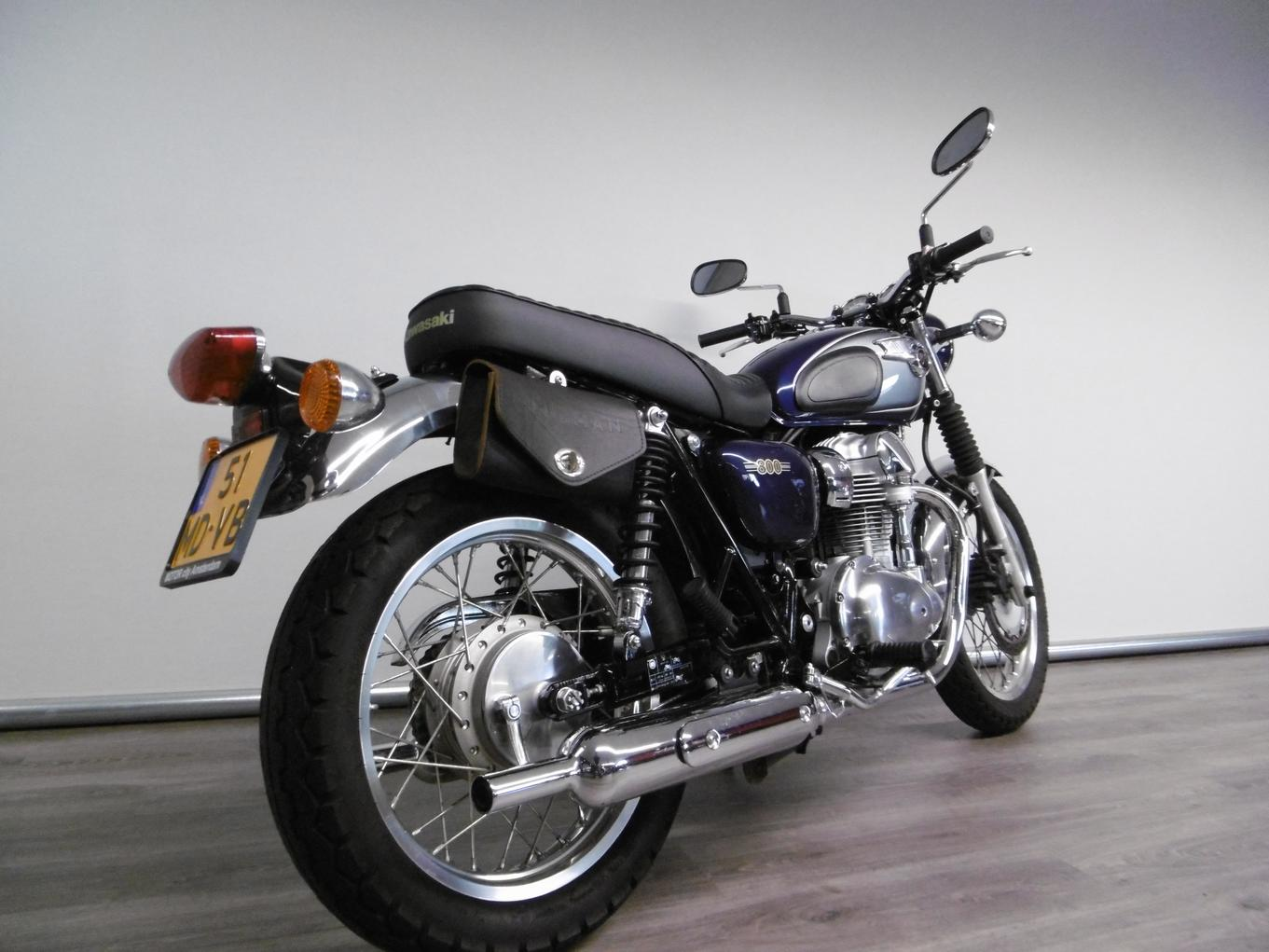 KAWASAKI - W 800