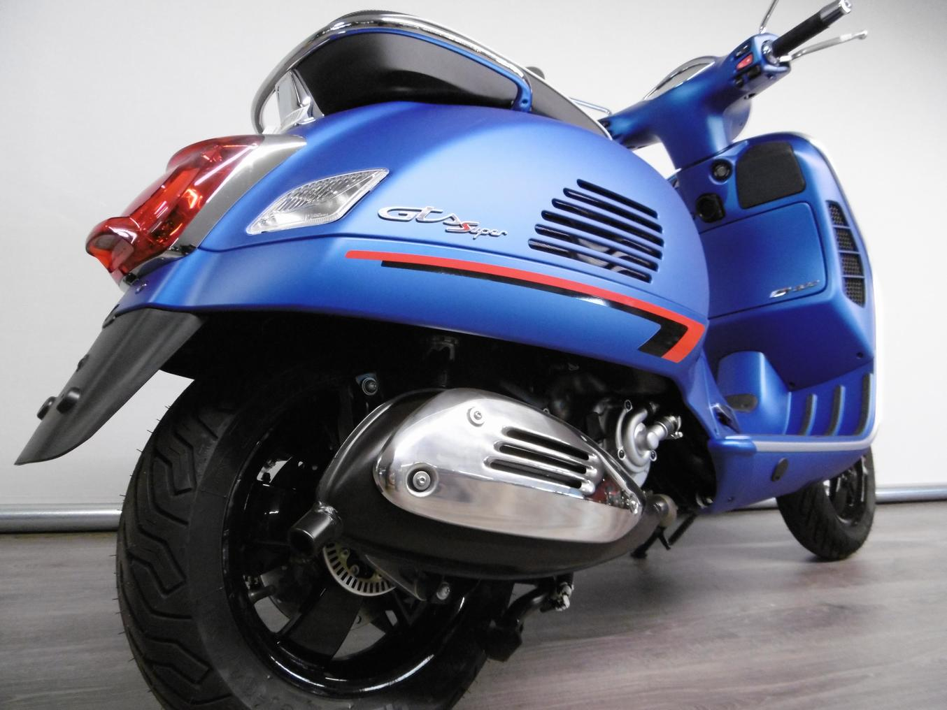 VESPA - GTS 300 SUPERSPORT HPE