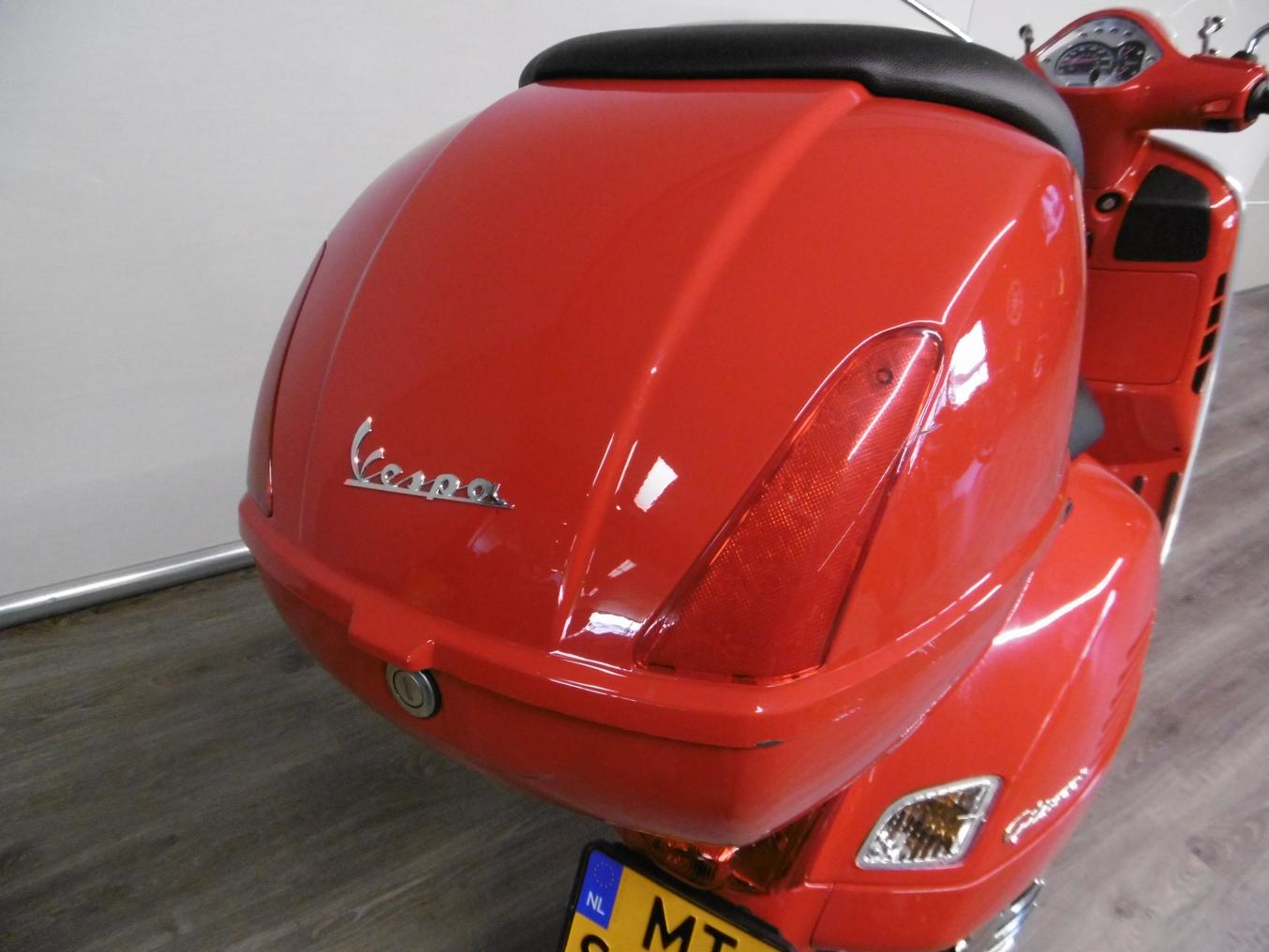 VESPA - GTS 300