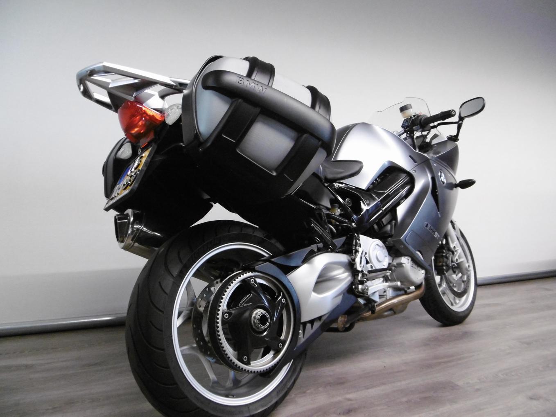 BMW - F 800 ST ABS