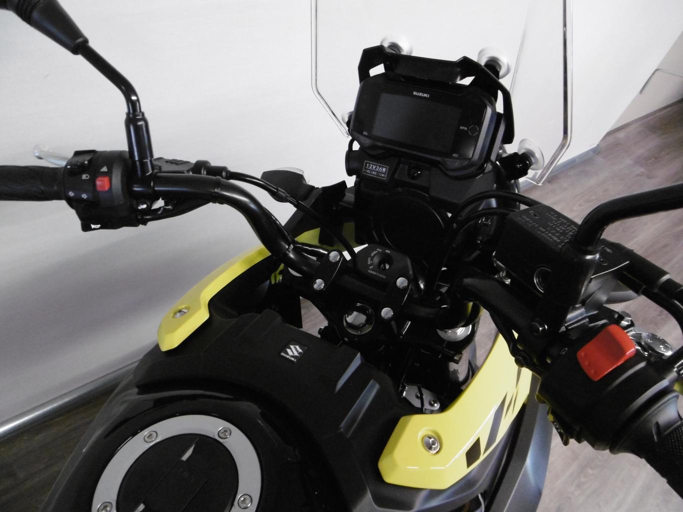 SUZUKI - DL 250 V-STROM
