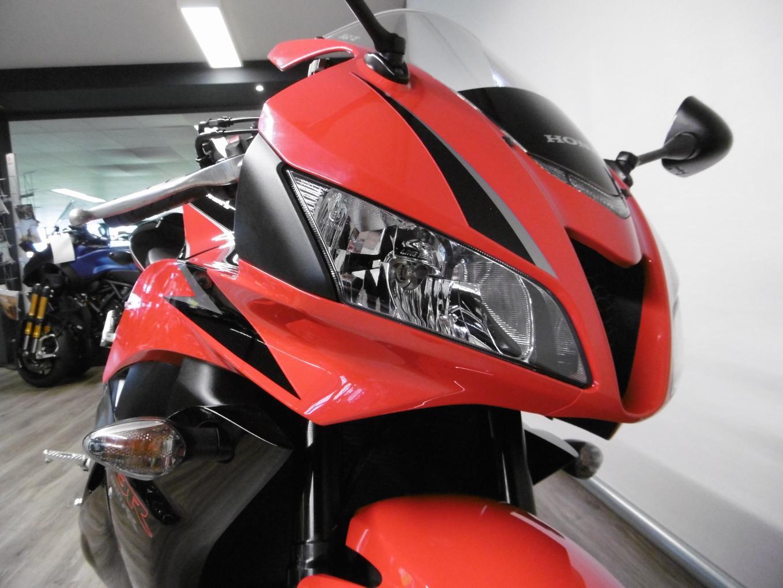 HONDA - CBR 600 RR ABS