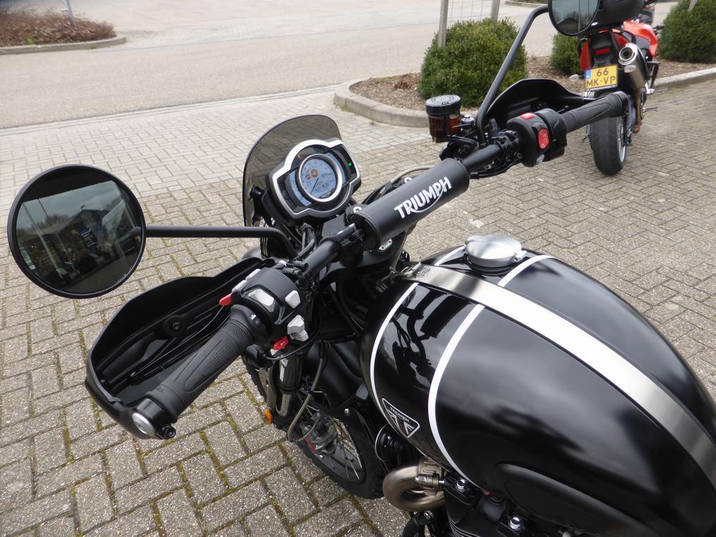 TRIUMPH - Scrambler 1200 XE BCW Extreme