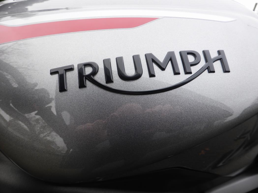 TRIUMPH STREET TRIPLE RS  All New Stre