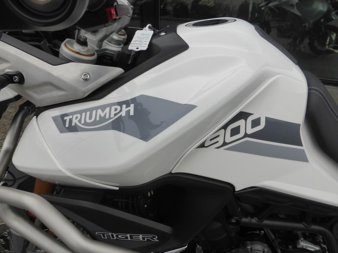 TRIUMPH Tiger 900 Rally Pro  Tiger 900