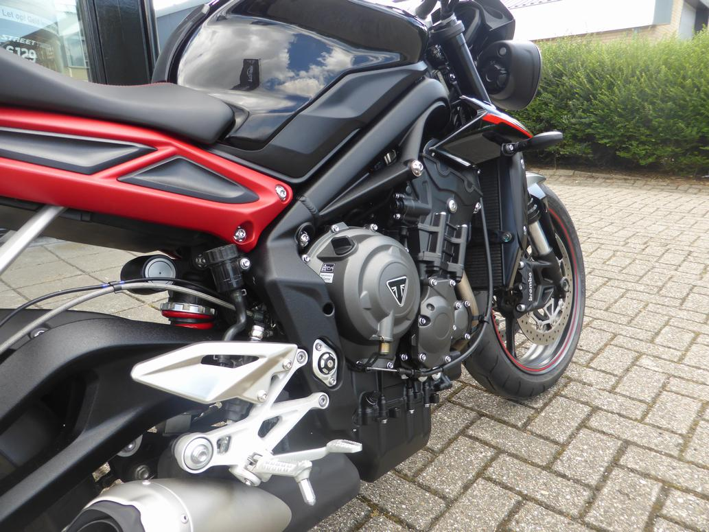 TRIUMPH - Street Triple R low