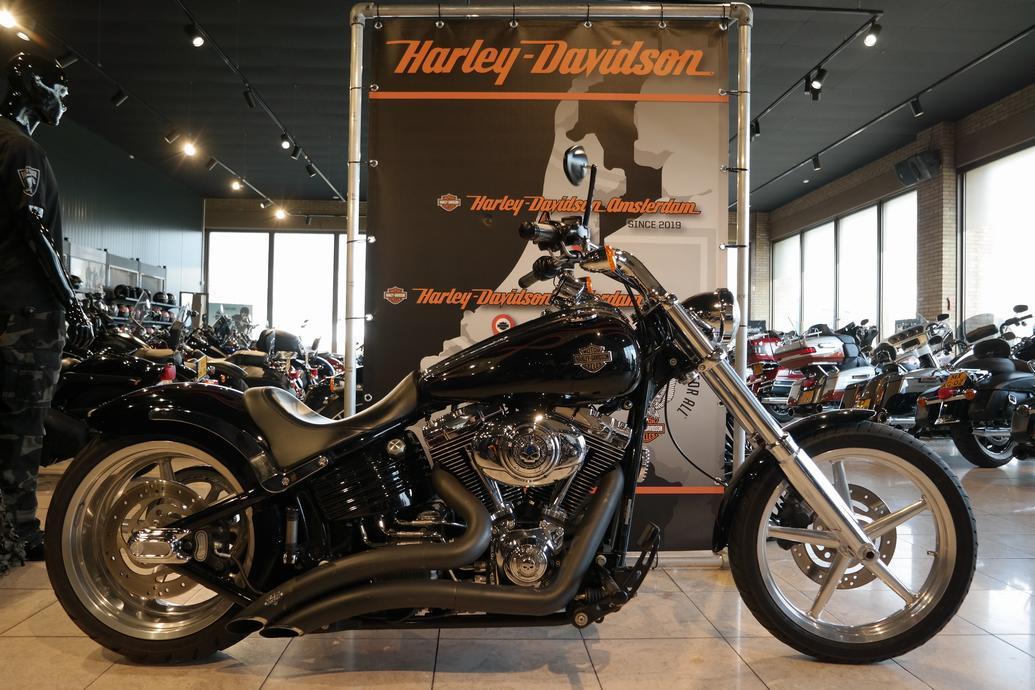 HARLEY-DAVIDSON - FXCWC ROCKER C