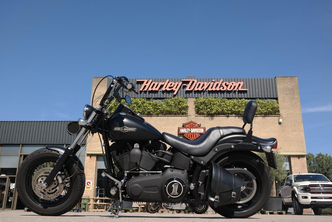 HARLEY-DAVIDSON - FXSTB Night Train