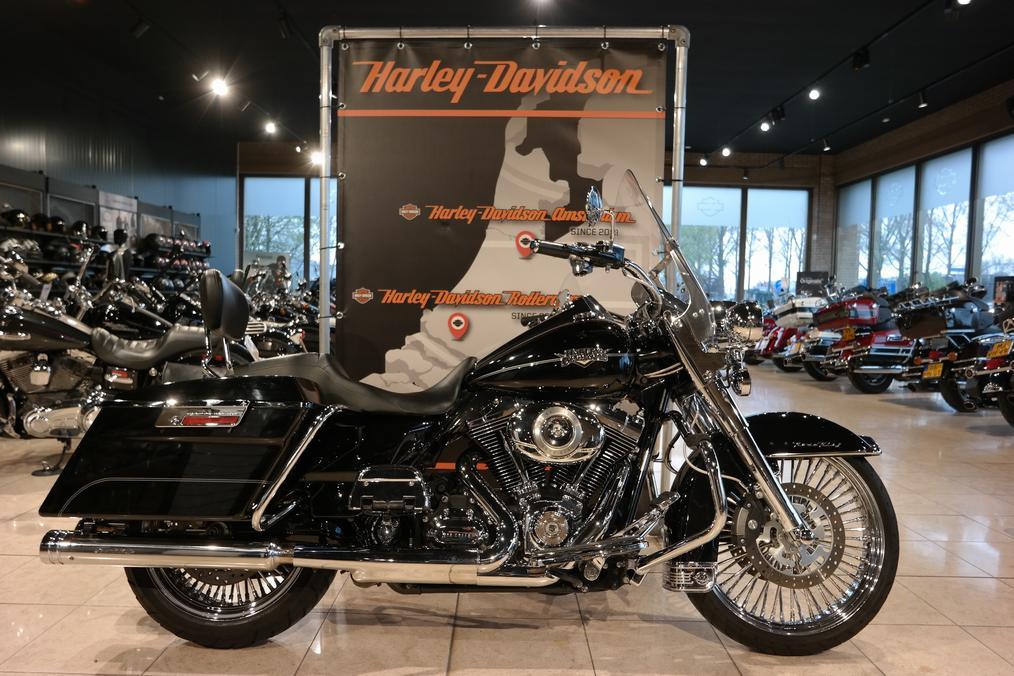 HARLEY-DAVIDSON - FLHR Road King