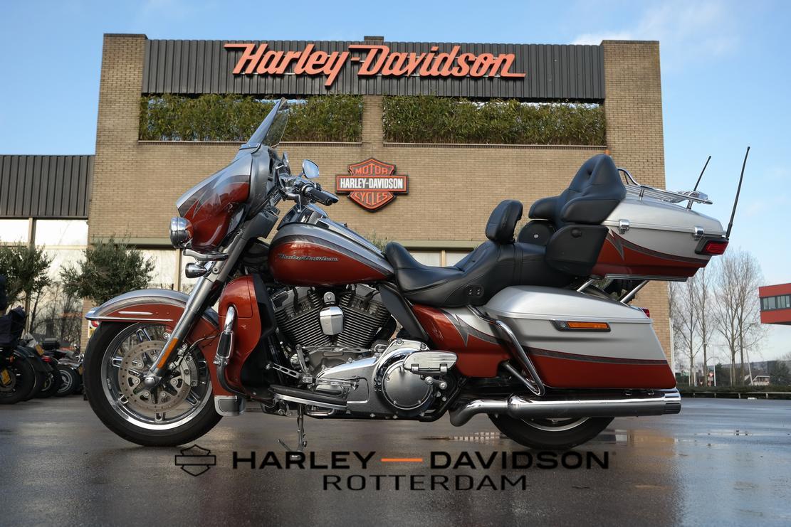HARLEY-DAVIDSON - FLHTKSE Ultra Limited CVO