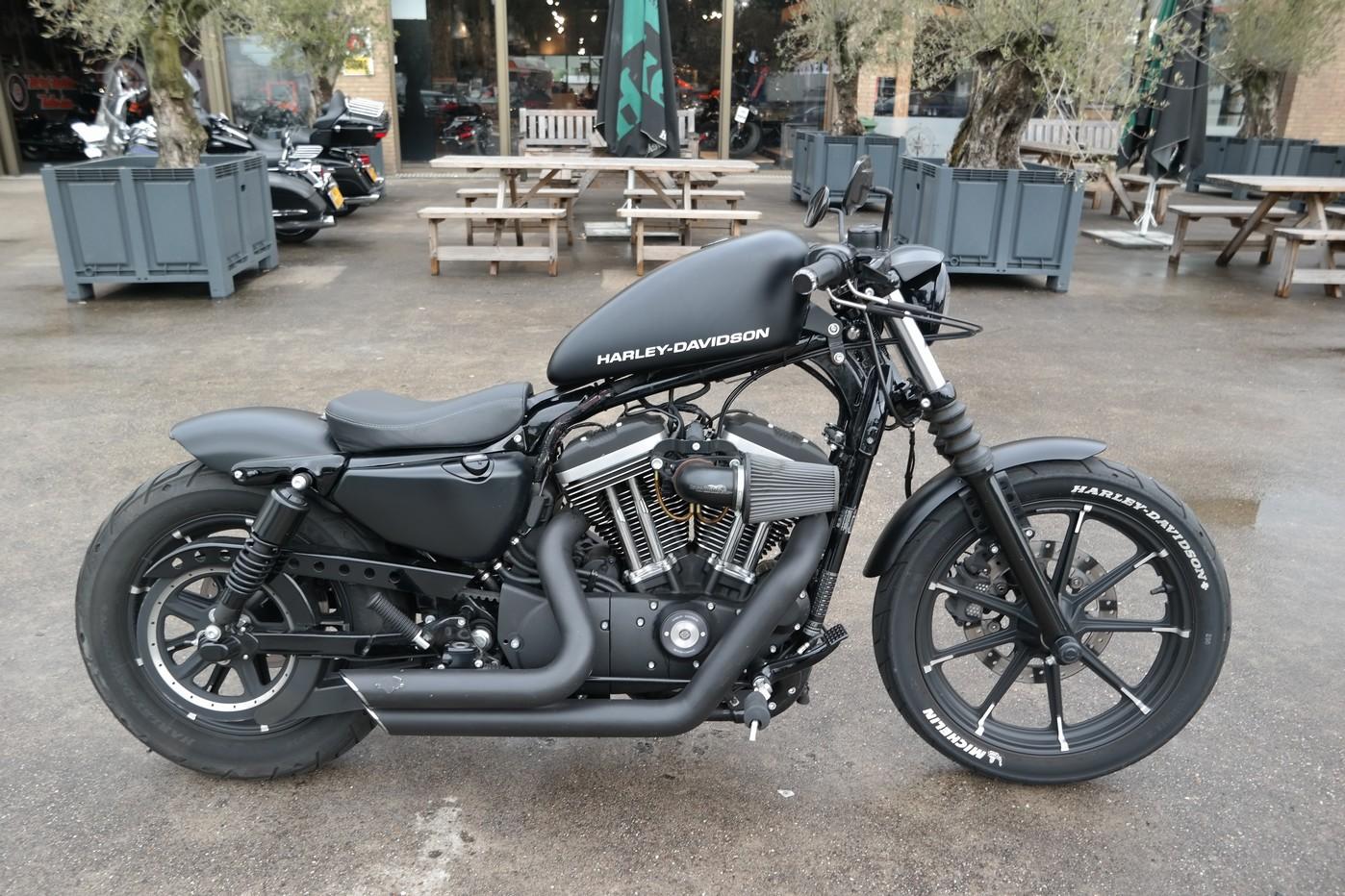 HARLEY-DAVIDSON - XL 883 N ABS Iron