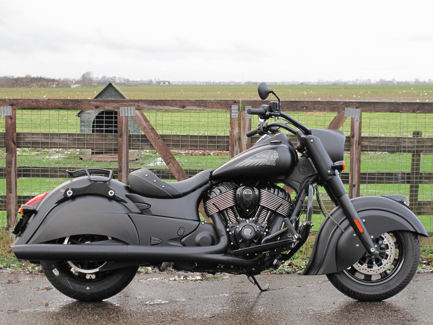 INDIAN - Chief Dark Horse