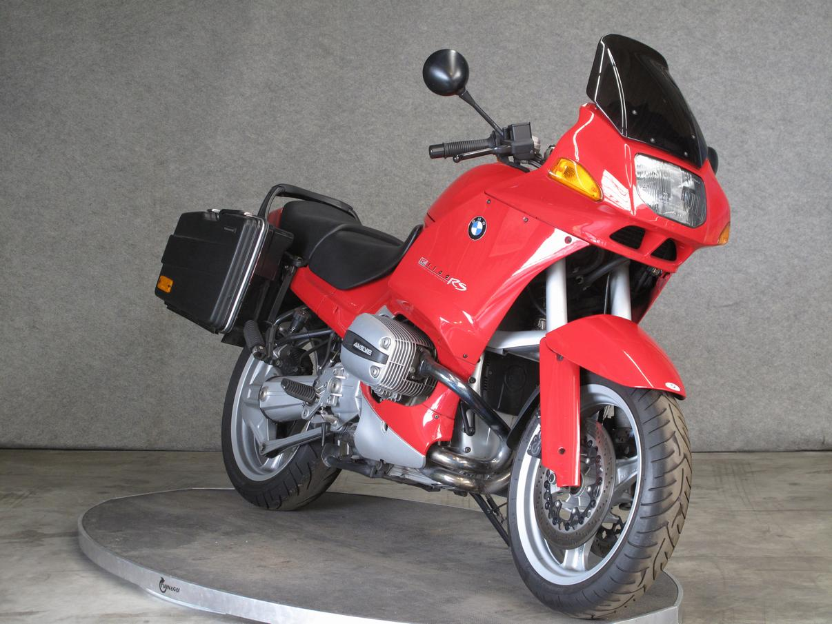 BMW - R1100RS