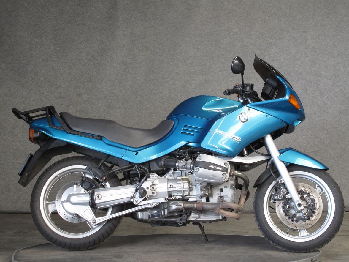 BMW - R1100RS