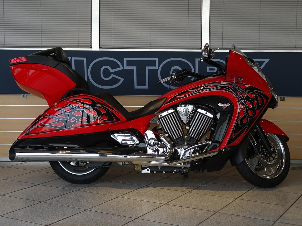 VICTORY - ARLEN NESS VISION TOUR Victor