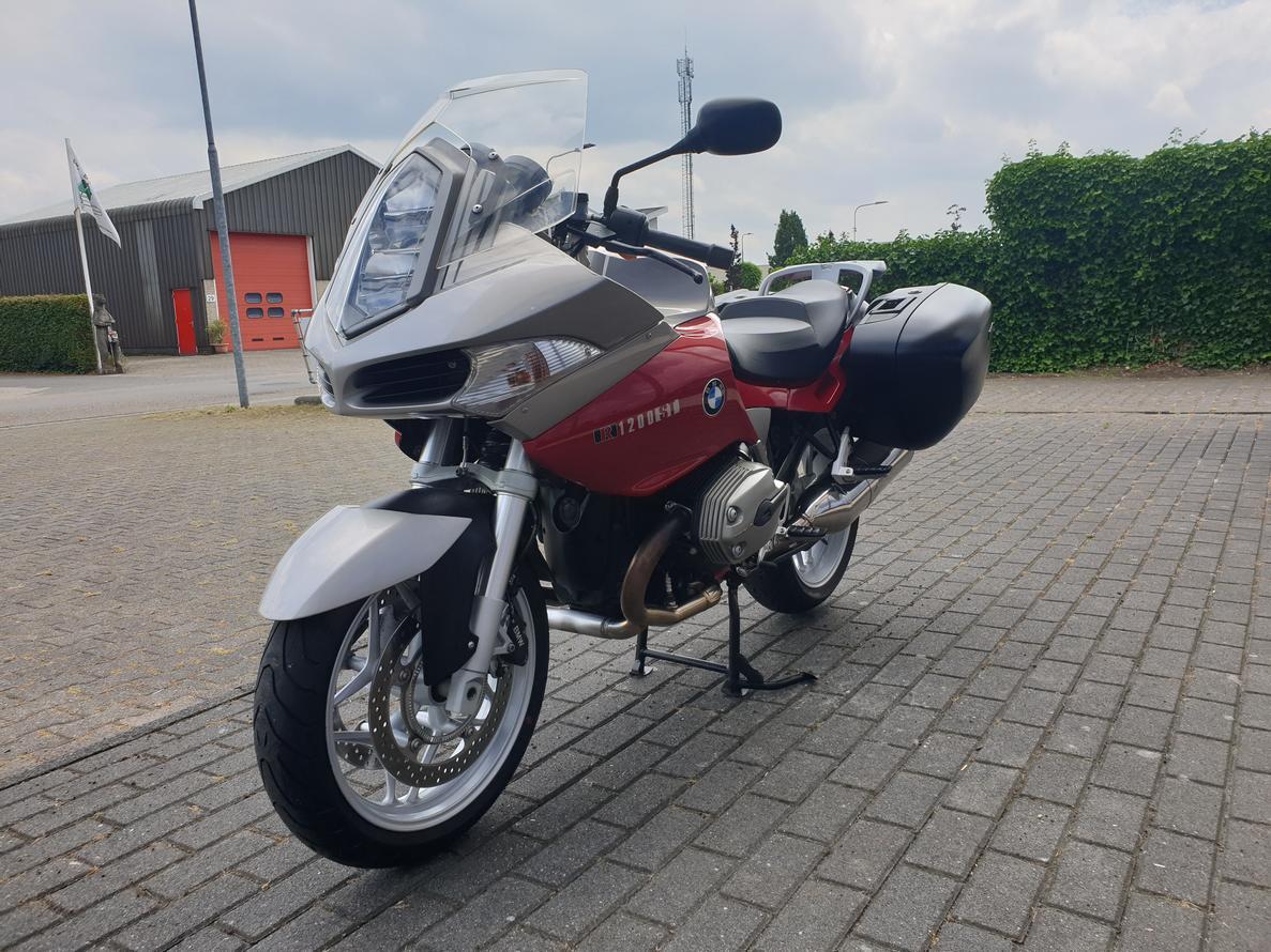 BMW - R 1200 ST BMW R 1200 ST ABS
