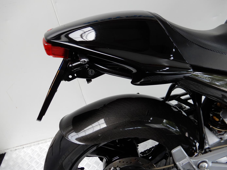 DUCATI - M900