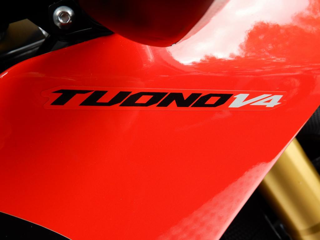 APRILIA - TUONO V4