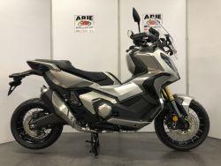 X-ADV 750 ABS