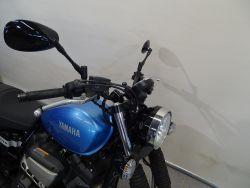 YAMAHA - XV 950 R